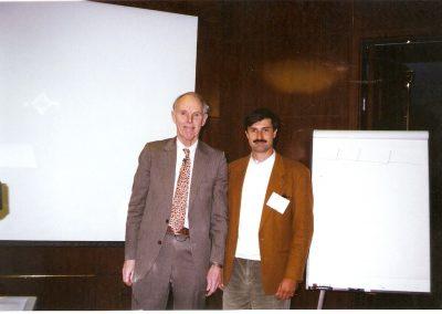 1996 JUNTO AL PROF. FISCHER, EN HARVARD
